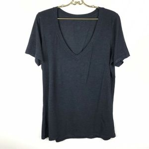 Lululemon Love Tee Gray V-Neck  Short Sleeve Top